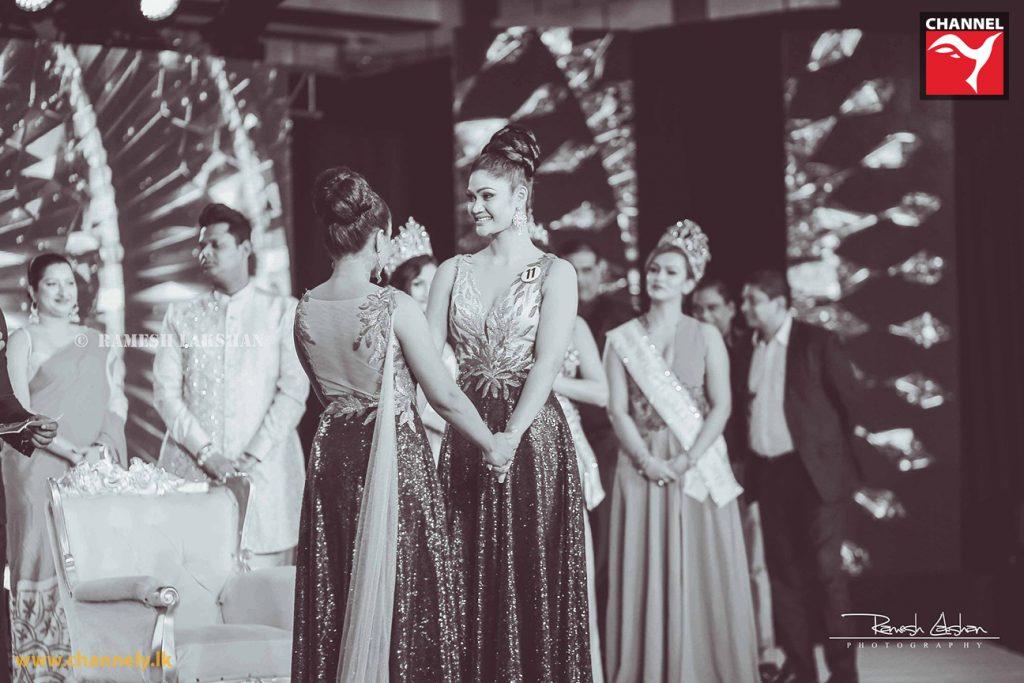 Mrs. Sri Lanka World 2018 කිරුළ සුමුදු ප්රසාධිණිට